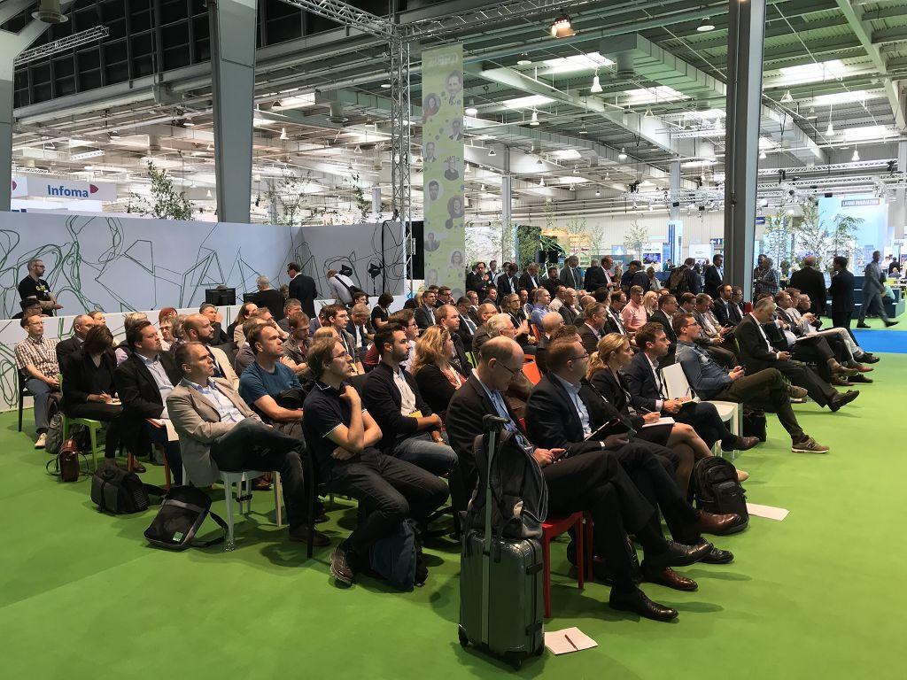 Publikum zur Cebit Tagung des innovatorsclub zum Thema Digitalisierung.
